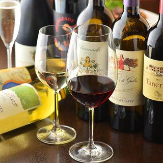 ソムリエ厳選ワインは、当店こだわりのイタリアンと相性抜群◎