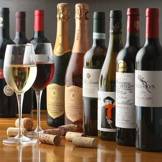 お肉に合わせたワインも充実!毎月20日はワインの日♪