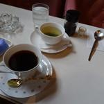 73690572 - コーヒーとスープ