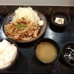 大衆食堂 御膳屋 - 【2017.9.25(月)】生姜焼き御膳(並盛)950円
