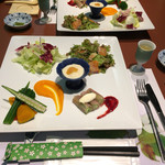 奥山田温泉 伊奈里館 - 料理写真:前菜的な 多め