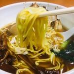麺 えどや - 恒例の麺リフト!