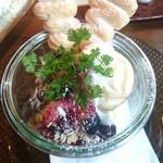 Cafe LINQ Takasegawa - イートン・メス。単品500円。ドリンクセットで880円。 メレンゲがすごく美味しい。