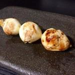 73700225 - 白玉                       うずら卵。半熟な黄身がトロンと♡