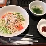 焼肉 バリバリ - 「棒棒鶏風冷やしうどん」(500円)