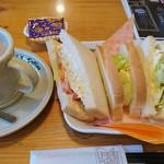 コメダ珈琲 - 昼コメプレート(たまとまレタスサンドB)とカフェオレ