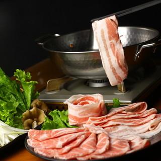 上質な肉を使ったしゃぶしゃぶは、圧倒的なクオリティです。