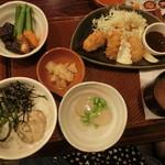 ガスト - 料理写真:牡蠣とホタテのご馳走和膳