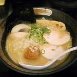 麺匠 桂邸 - 【濃厚鶏骨醤油らーめん 味玉入り】¥850