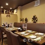 福 タイ料理 - 清潔感のあるシックなアジアンテイストの店内で、ゆったり寛げる