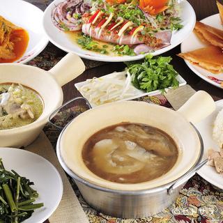 日本人の好みに合うタイ料理でもてなすシェフの心づかいが嬉しい