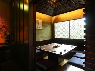 稲田屋 品川店 - 囲炉裏の間:8名様 接待にも最適。一番人気のお部屋。