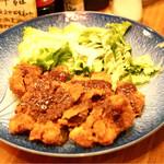 鶴亀八番 - ☆牛カツ デミグラスソース 750円