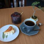 ニハチ喫茶 - 料理写真: