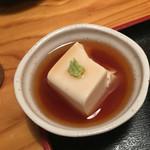 石川亭 - 付け出しの胡麻豆腐