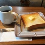 ユニゾン・テイラー・コーヒー・アンド・ビール -