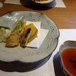 博多和食 いしくら - ◆天ぷら・・塩と天つゆで頂きますが「大根おろし」がタップリ添えられているのは嬉しい。