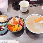 札幌市場めし まるさん亭 -