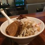 麺酒場 まがり - 謙二郎ラーメン