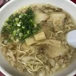 来々軒 - 料理写真:こってり醤油ラーメン700円