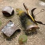 73777961 - 秋刀魚のベッカフィーコと瞬間燻製 色々な秋茄子を添えて