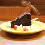 トラットリアモッチ - ☆生チョコみたいなケーキ 500円