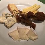 ワインレストラン ドミナス - チーズ盛り合わせ