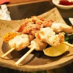 ワインハウス 南青山 - 比内地鶏串焼 580円