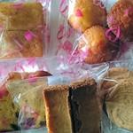 かのこ庵 - 焼き菓子も安くて美味しい