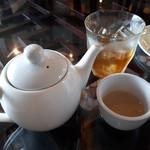 点心坊家常菜 ディムサムアゴーゴ - 満腹点心のお茶