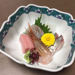 Fukuichi - お造り盛り合わせ1,600円