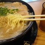 博多一幸舎 - ストレート細麺