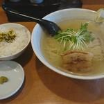 なゆた - 鯛塩らーめん+ライス