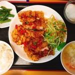 ワンタン館 - 油淋鶏定食