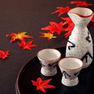 菊姫、南部美人、獺祭など各地より選び抜かれた銘酒に舌鼓