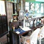Cafe MaCachette -