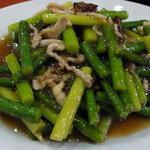 中華鄂菜 楚天 - 炒めにんにく芽