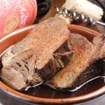 ワインバル ZAZA - 厚切り牛タンの塩旨煮込み