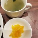 チャイナパーク - スープ・漬物