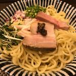 麺処 一龍庵 - ポルチーニオイルのまぜそば大盛り冷やし800円