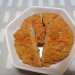 ニュー クイック - 料理写真:コロッケとカレーコロッケ