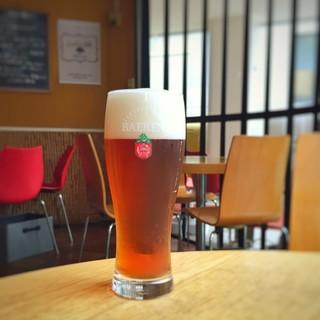ビールは全て工場直送の新鮮なビールをお楽しみいただけます