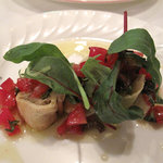 Trattoria Del Cielo - マグロのムースのクレスペッレ巻き・地中海風。火を通したマグロのムースをクレープ生地に巻いたもの。