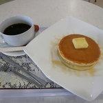 イサナ - 料理写真:ホットケーキセット