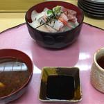 73818094 - 限定ランチ「海鮮丼」