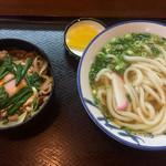 田舎屋 - 料理写真:牛丼うどんセット850円