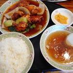 川平飯店 - 酢豚定食 900円