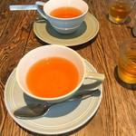 Kunitachi Tea House - カップとソーサのお色が似ているので、組み合わせを間違えてました(笑)