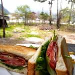 クニズカントリーキッチン - 料理写真:BLTサンド