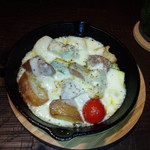 Sapporo Sweets Garden Mero's Bar - スキレット鍋でアツアツ